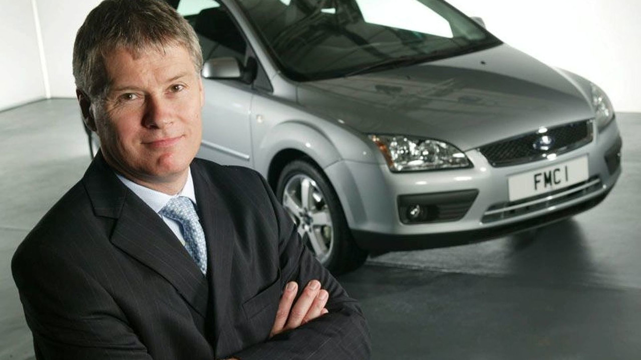 New Ford Focus and P. Thomas, Managing Director