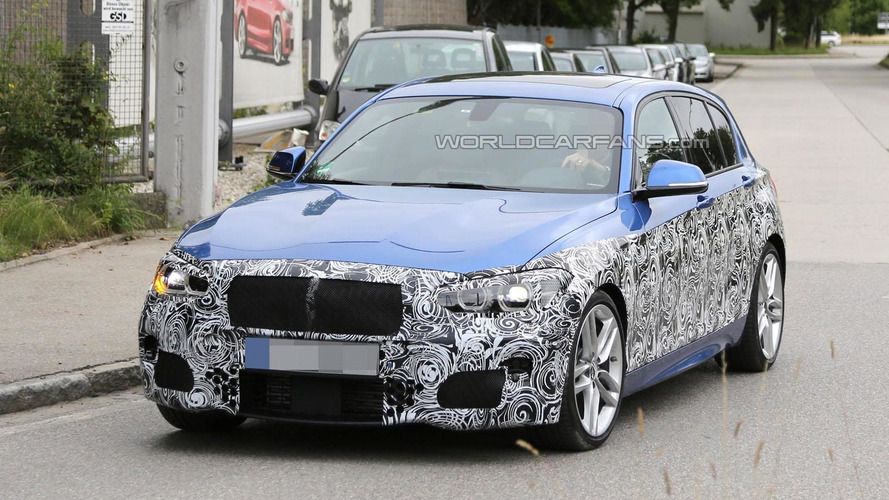 2015 BMW 1-Series facelift spied with more traditional styling