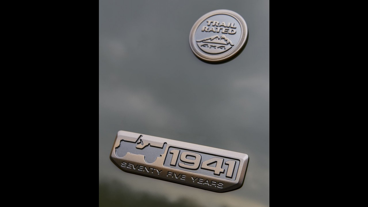 Jeep celebra 75 anos com edição especial para todos os modelos