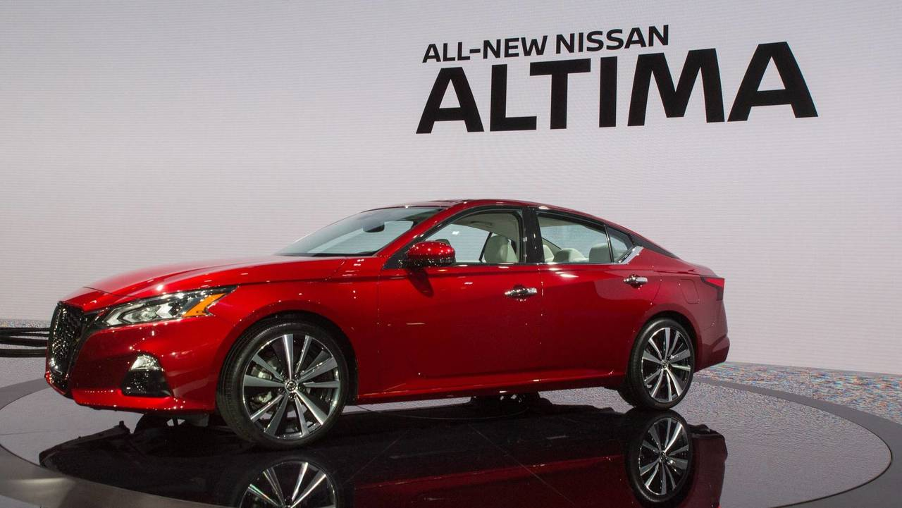 9 more things to know about the 2019 nissan altima. Black Bedroom Furniture Sets. Home Design Ideas