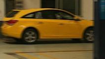 Chevrolet Cruze wagon spy photo