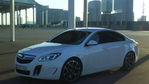 Opel Insignia OPC uncovered spy photo