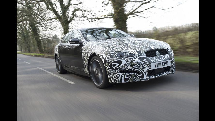 La rinnovata Jaguar XF prepara il 2.2 diesel