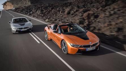 BMW i8 Roadster, L.A. sahnesine 374 bg güçle çıktı