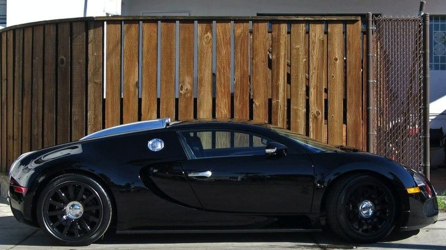 jet black bugatti veyron for sale on ebay. Black Bedroom Furniture Sets. Home Design Ideas