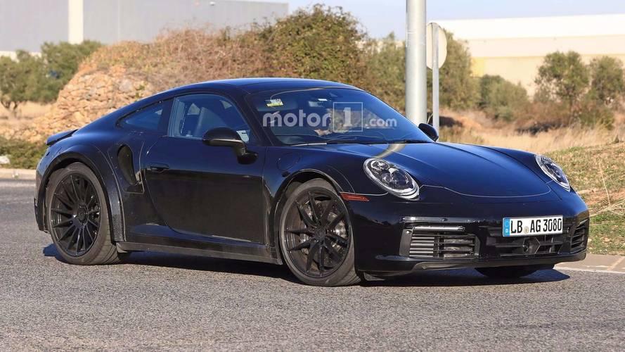 Photos espion - La Porsche 911 type 992 encore surprise