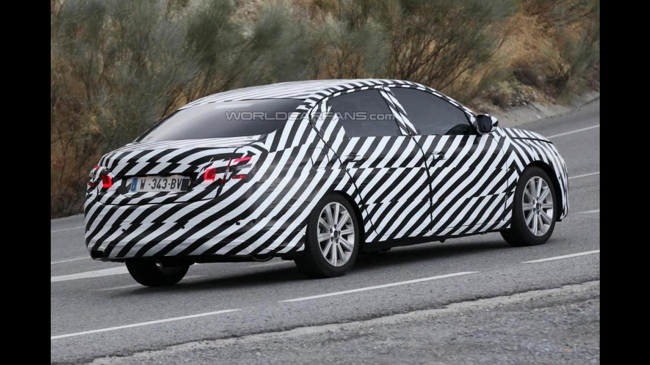 Segredo: Peugeot já trabalha na versão sedã para o novo 308