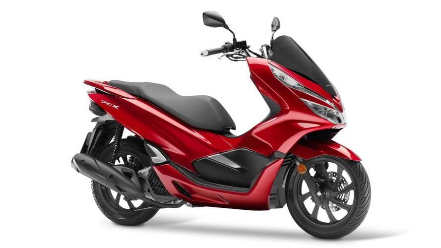Honda actualiza su exitosa PCX125, de cara a 2018