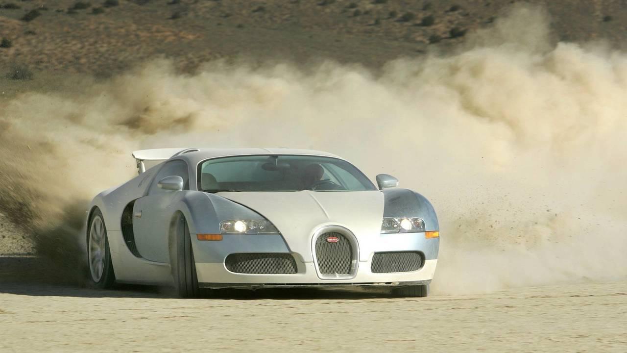 Bugatti Veyron - 408 km/h