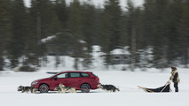 2017 SEAT Leon Cupra ST races sled pulled by huskies