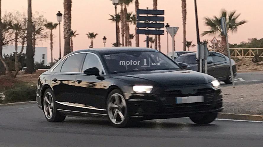 2018 Audi A8 casus fotoğrafları
