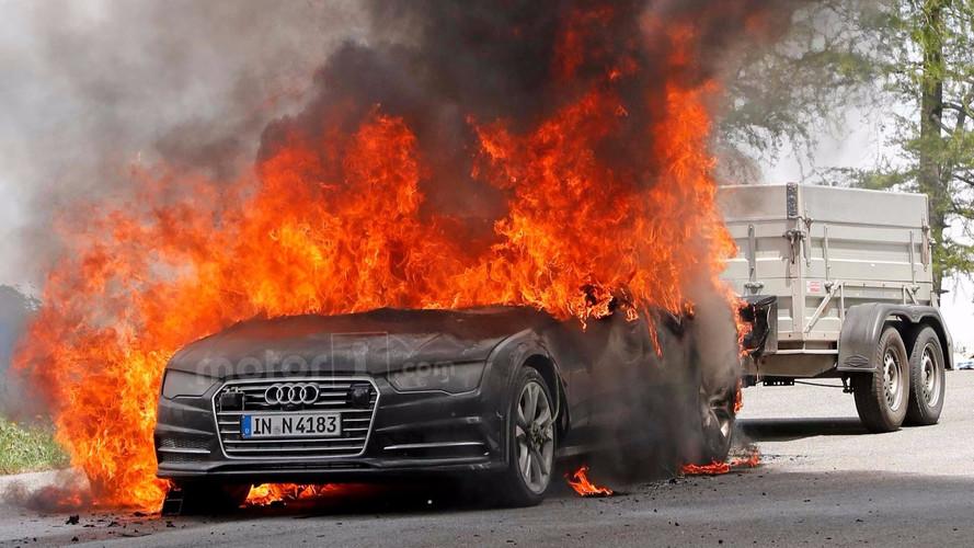 Un prototype de la future Audi A7 prend soudainement feu