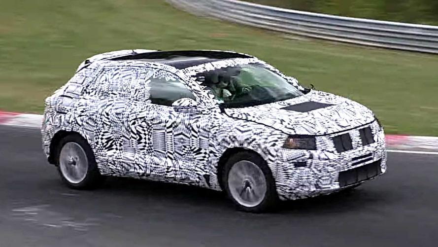 VW Polo temelli crossover da Nürburgring'de yakalandı