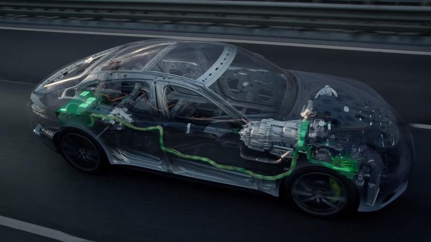 Porsche, Panamera 4 E-Hybrid'in nasıl çalıştığını animasyon görüntüleriyle gösteriyor