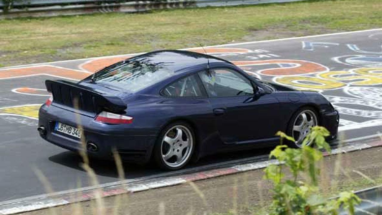Porsche 997 Turbo spy photo