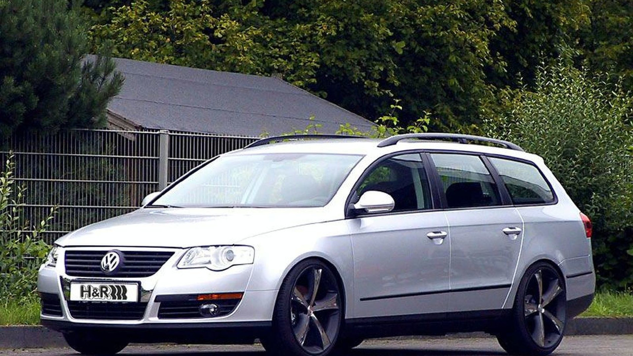 VW Passat Variant with H&R
