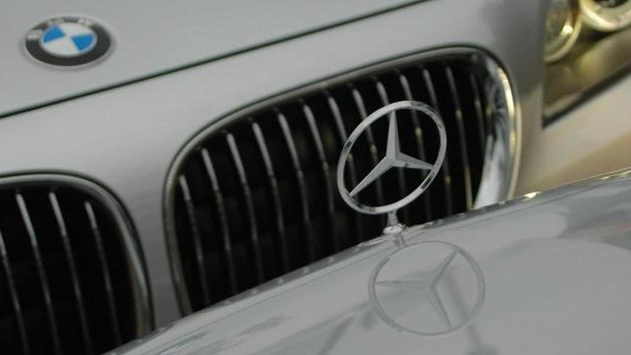Mercedes-Benz loses ground in U.S. luxury sales as BMW inches closer