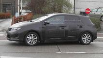 2013 Toyota Auris spy photo
