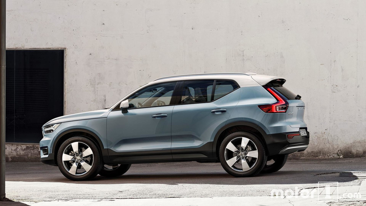 Comparatif Le Volvo Xc40 Face 224 Son Grand Fr 232 Re Xc60