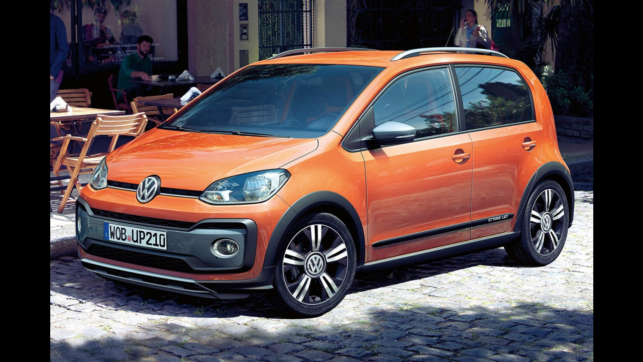 Volkswagen cross up! restyling 002