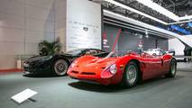 Bizzarrini P538 (rojo) y GTS (azul)