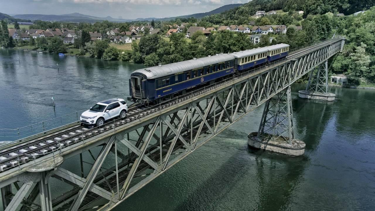 El Land Rover Discovery Sport locomotora (2017)