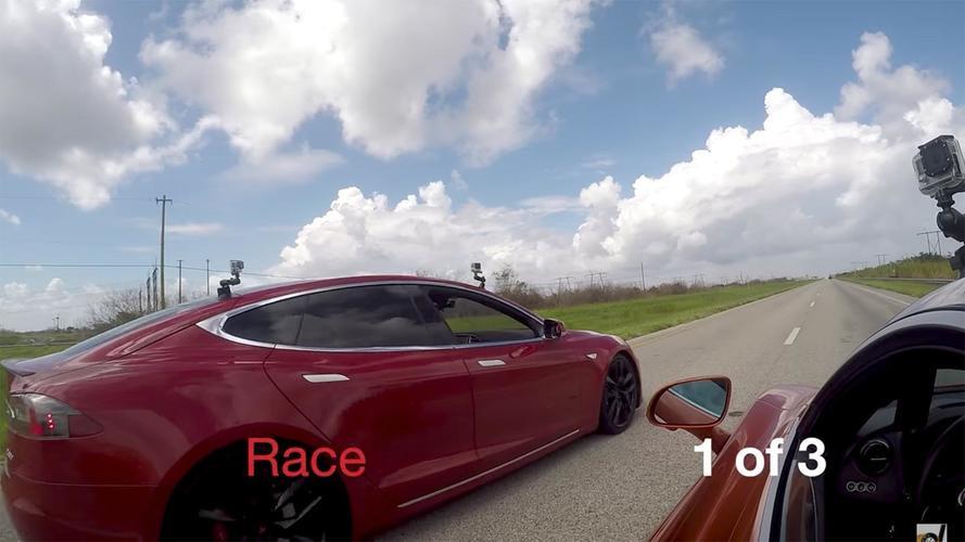 Tesla Model S P100D bu sefer de McLaren 720S'e karşı