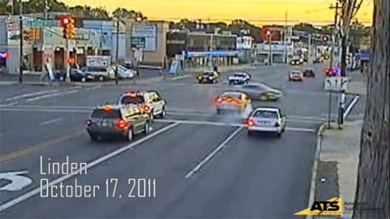VÍDEO: Cuidado com o sinal vermelho!