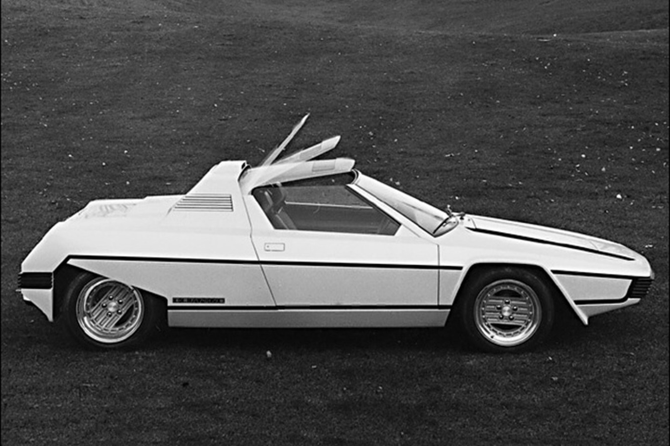 TBT: The 1976 Bertone Rainbow Was a Wild Rebodied Ferrari