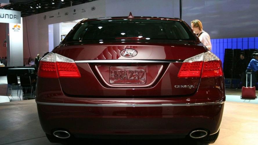 Hyundai Genesis Makes World Debut at 2008 NAIAS