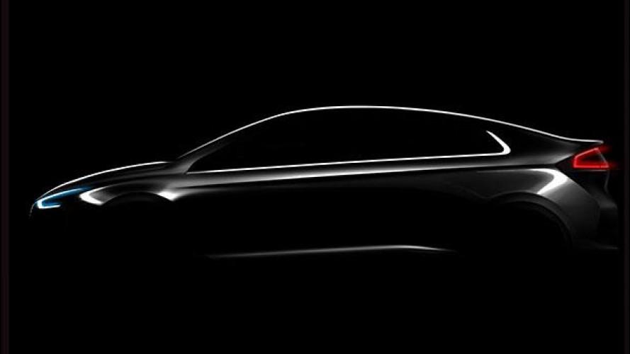 Hyundai IONIQ, può essere ibrida, plug-in o elettrica