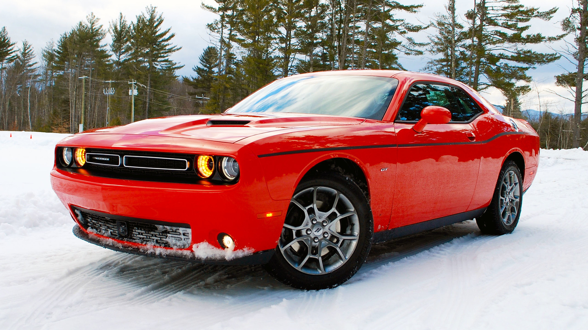 2017 dodge challenger gt first drive don t worry it can still go sideways. Black Bedroom Furniture Sets. Home Design Ideas