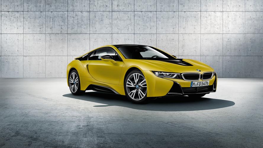 BMW i8 Protonic Frozen Black and Yellow