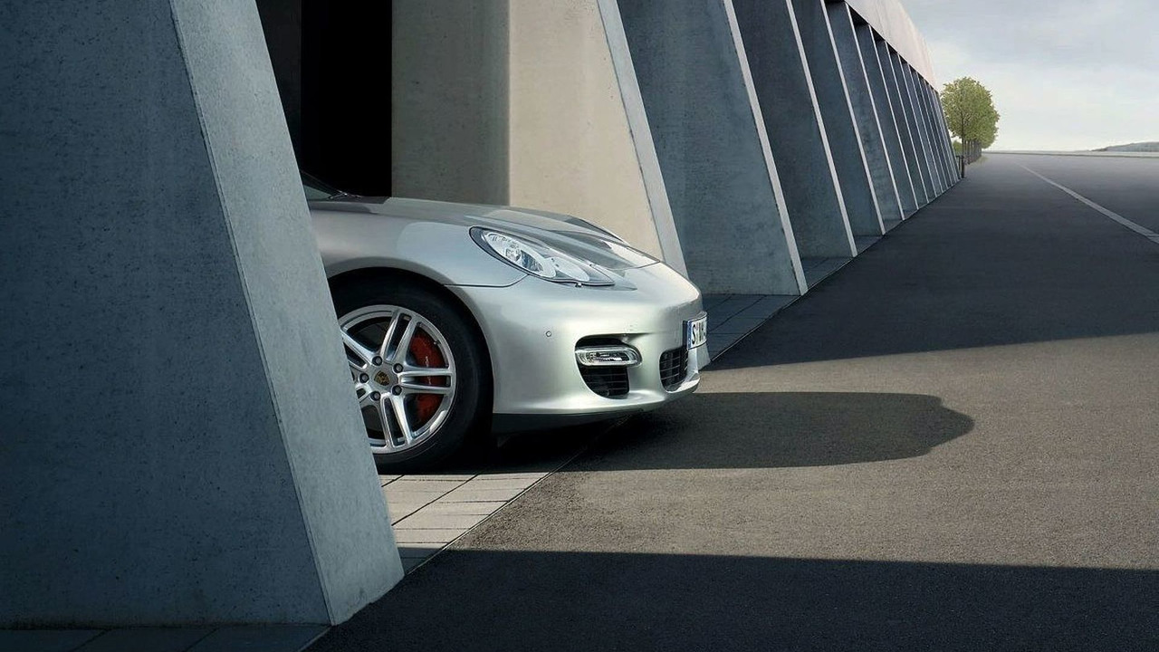 Porsche Release Panamera Gran Turismo Teaser