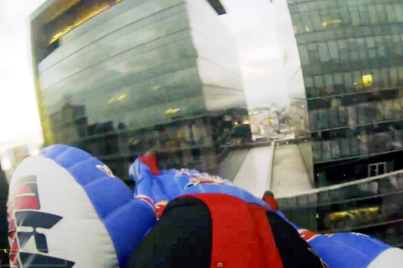Video: Red Bull Wingsuiters Fly Amongst Buildings in Rio