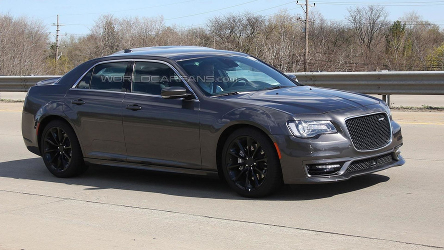 2016 Chrysler 300 SRT not coming to United States