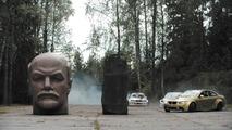 VIDÉO - Une Nissan et deux BMW dans une base soviétique