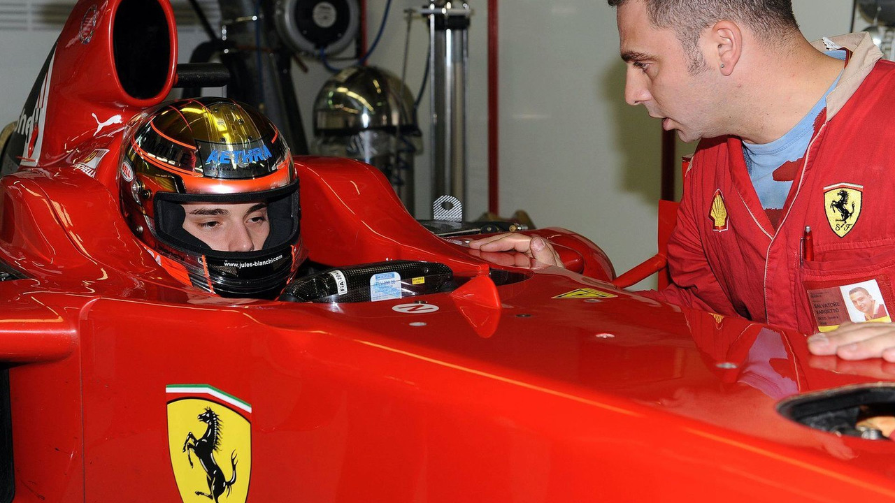 Jules Bianchi (FRA) tests for Scuderia Ferrari, 02.12.2009, Jerez, Spain