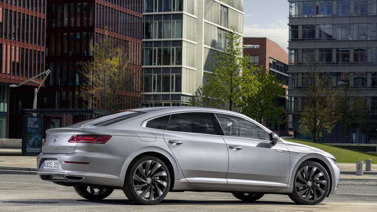 Vw Arteon Six Cylinder Engine Shooting Brake Version