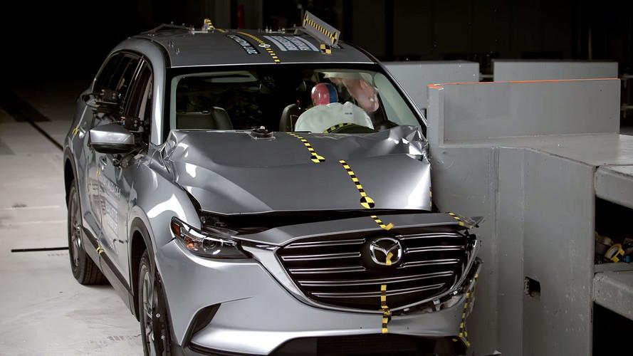 2017 Mazda CX-9 IIHS crash test