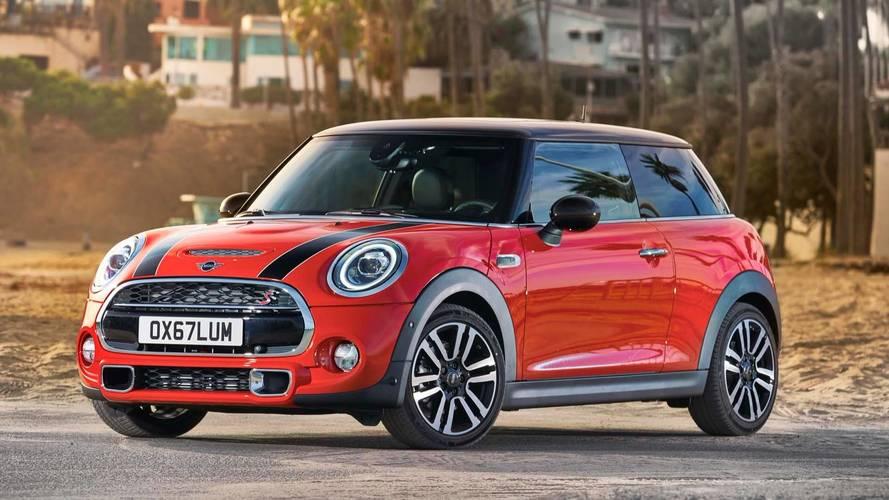 Mini Cooper 2019 fica mais britânico com retoques no visual