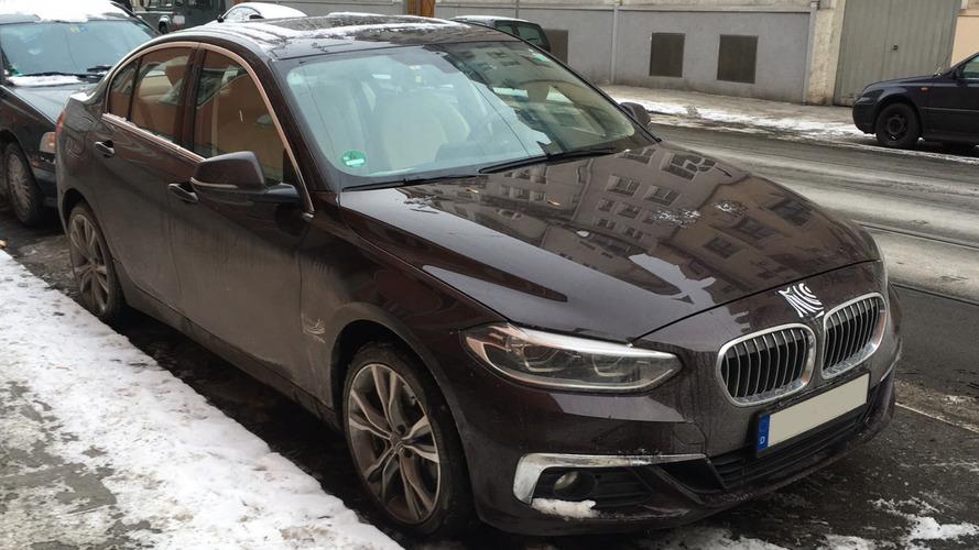 Photos espion - La BMW Série 1 berline se promène en Allemagne