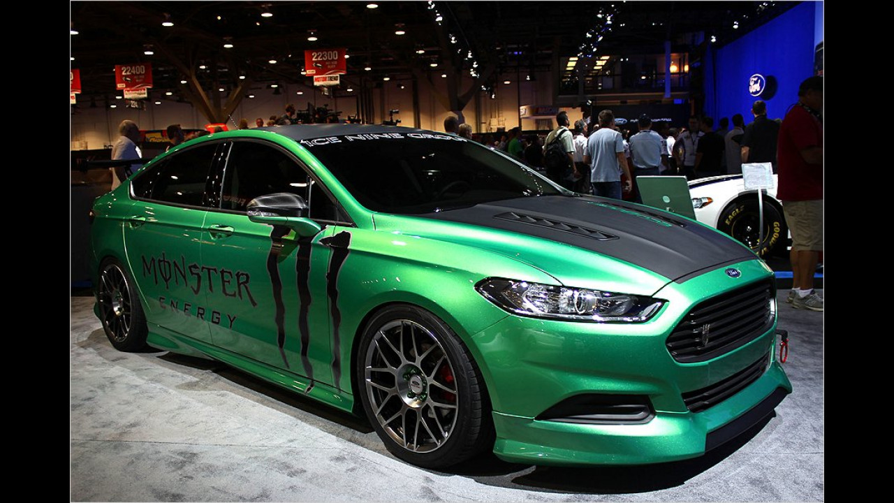 Ford Fusion SE by Ice Nine Group