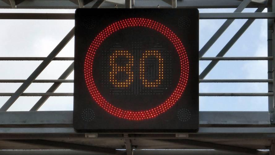 Édouard Philippe favorable aux 80 km/h sur la route