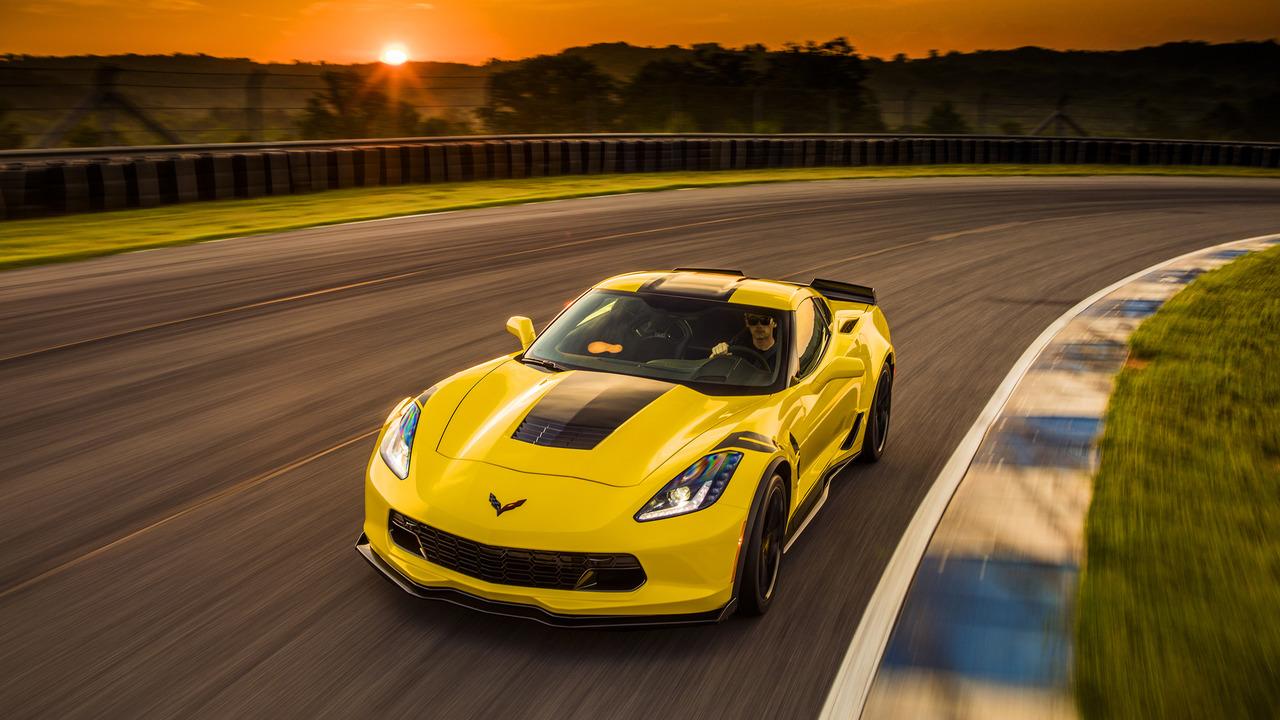 drive  chevy corvette grand sport