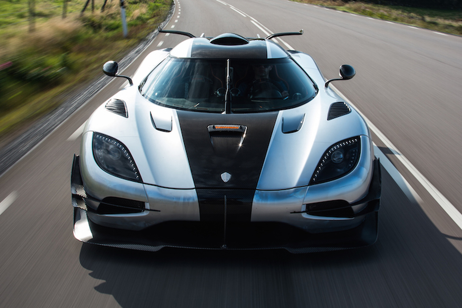 5-of-the-fastest-cars-on-the-planet Astounding Bugatti Veyron Vs Hennessey Venom Gt Cars Trend