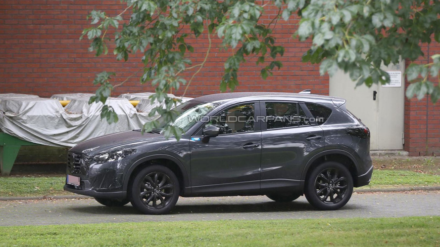 2015 Mazda CX-5 facelift spied in Germany