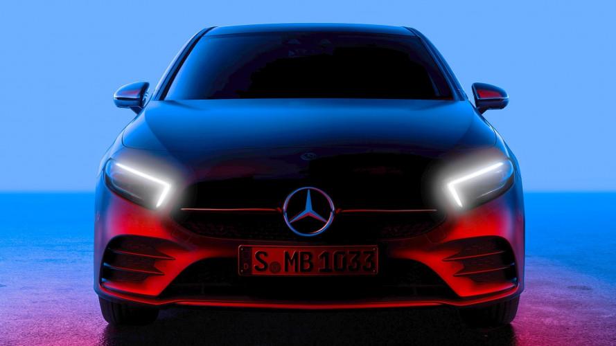 Nuova Mercedes Classe A, la prima foto del frontale