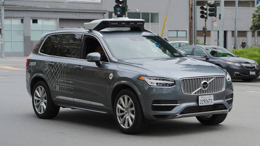 Guida autonoma, l'Arizona dice stop ai test di Uber