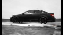 VÍDEO: O som em estado puro do Mercedes C63 AMG Coupe